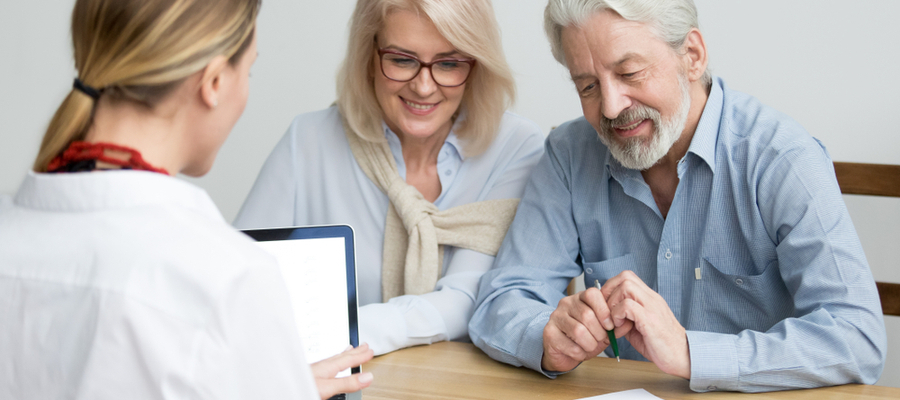 Senior couple RRSP deadline