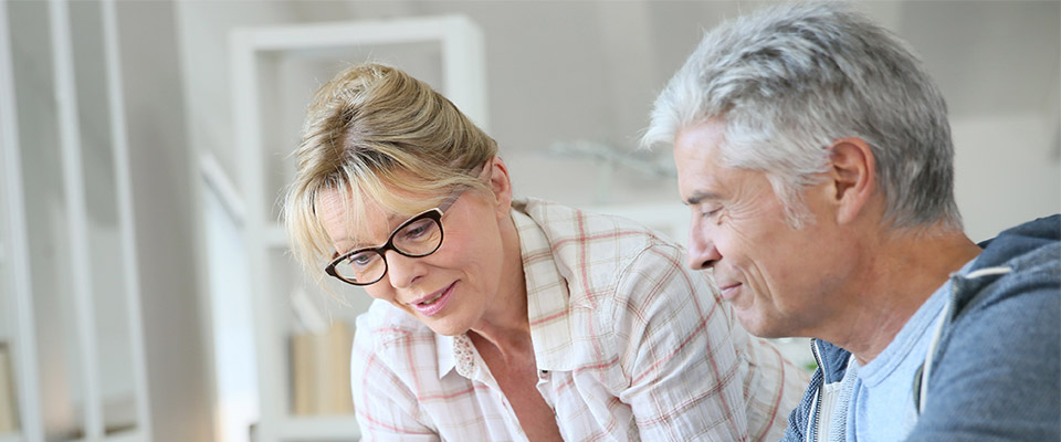 Retirees in Canada can refer to government websites while considering retirement planning options and check the services and benefits available to them.