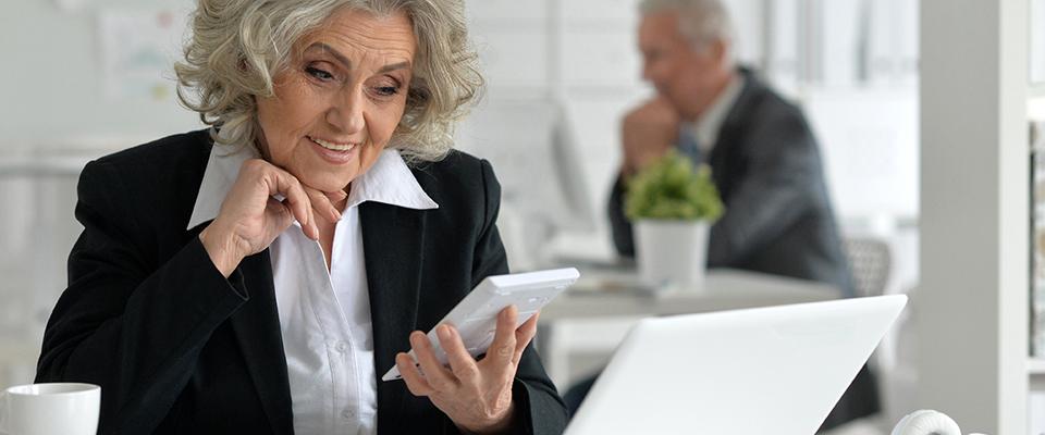 elderly women unretirement plan
